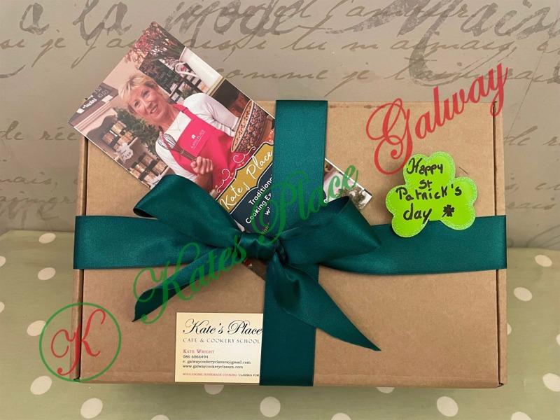 Patricks Day Gift Box Ireland
